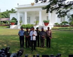 Jokowi Jumpa Pers Belakang Istana1