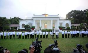Presiden, Wakil Presiden, dan para menteri Kabinet Kerja, Minggu (26/10)