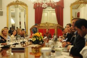 Presiden Jokowi saat menerima para investor yang tergabung dalam Ivestment Association, di Istana Negara, Selasa (4/11)