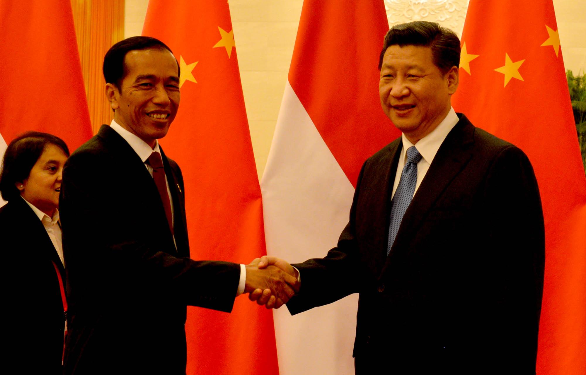 Mendukung Cina daripada Jepang atau Amerika