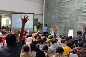 Mendikbu Anies Baswedan bersilaturahmi dengan 600an kepala dinas Dikbud, di Jakarta, Senin (1/12)