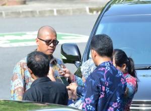 Seskab Andi Wijayanto memberikan keterangan tentang pembentukan Pansel Hakim Konstitusi MK, di Yogyakarta, Selasa (9/12)