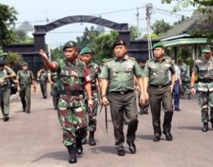 Panglima TNI Jend. Moeldoko, di Poso, Sulawesi Tengah, Selasa (31/3)