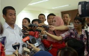 Menteri Pertanian Amran Sulaeman menjawwab wartawan, di kantor Presiden, Jakarta, Rabu (8/4)