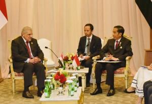 Presiden Jokowi melakukan pembicaraan bilateral dengan PM Mesir Ibrahim Mahlab, di JCC Jakarta, Kamis (23/4) siang