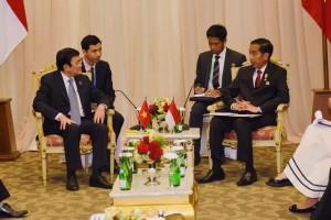 Presiden Jokowi melakukan pembicaraan bilateral dengan PM Vietnam Truong Tang San, di JCC Jakarta, Kamis (23/4)