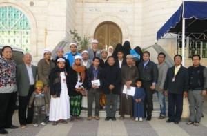 Puluhan WNI saat masih bertahan di KBRI Sana'a, Yaman