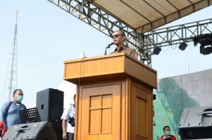 Seskab Andi Widjajanto memberikan sambutan pada Kebaktian Retreat di Taman Jubileum GBKP Sukamakmur, Deli Serdang, Sumut, Senin (29/6)