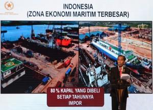 """Presiden Jokowi saat menyampaikan paparan """"Jokowi Menjawab Tantanga Ekonomi"""", di JCC Jakarta, Kamis (9/7)"""