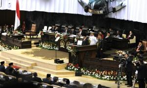 Presiden Jokowi menyampaikan Pidato Kenegaraan pada sidang bersama DPR RI dan DPD RI, di Jakarta, Jumat (14/8)