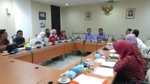 Karo Renkeu Setkab Islachuddin memimpi koordinasi evaluasi Aksi PPK, di Gedung III Kemesetneg, Jakarta, Selasa (22/9)