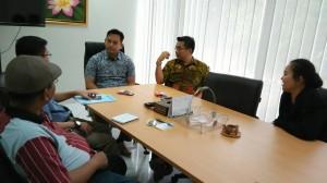 Pejabat dari BPPD Kaltim dan wakil dari Universitas Indonesia, Jakarta, saat membicarakan rencana kerjasama, di Jakarta, beberapa waktu lalu