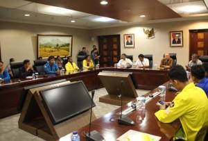 Kepala Staf Presiden Teten Masduki saat menerima perwakilan mahasiswa, di Gedung Bina Graha, Jakarta, Kamis (10/9) sore