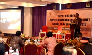 Deputi Seskab Bidang DKK Dr. Yuli Harsono memberikan sambutan pada Rakor Penyelenggaraan Sidang Kabinet, di Bogor, Jawa Barat, Jumat  (11/9).