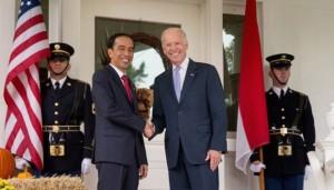 Wapres AS Joseph Biden menyambut kunjungan Presiden Jokowi, di kediamannya Washington DC, AS, Selasa (27/10) siang