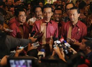 Presiden Jokowi menjawab wartawan seusai membuka Trade Expo Indonesia 2015, di JIExpo, Kemayoran, Jakarta, Rabu (21/10)