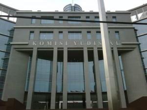 Komisi-Yudisial
