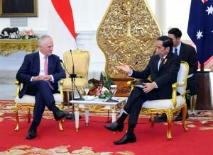 Presiden Jokowi dan PM Australia Malcolm Turnbull dalam konperensi pers bersama, di Istana Merdeka, Jakarta, Kamis (12/11)