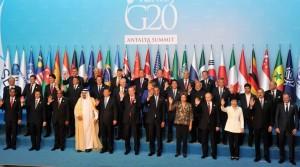 Presiden Jokowi hadir bersama para pemimpin dunia lainnya pada pembukaan KTT G-20, di Antalya, Turki, Minggu (15/11) malam WIB. (Foto: IST)
