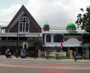 masjid-dan-gereja