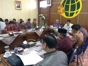Pertemuan Komisi II DPR-RI dengan BPN Yogya, di Kanwil BPN Yogyakarta, Senin (21/12)