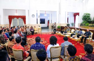 President Jokowi delivered a remarks when met power plant investors, at the State Palace, Jakarta, on Tuesday (22/12)