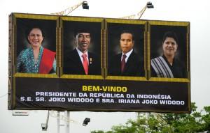 Billboard penyambutan Timor Leste atas kedatangan Presiden Jokowi dan Ibu Negara Iriana Jokowi. (Foto: Humas/Rahmat)