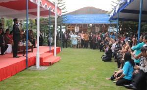 Presiden Jokowi sebelum kembali ke Jakarta menyempatkan bertemu WNI di KBRI, DIli, Timor Leste (26/1). (Foto:Humas/Rahmat)