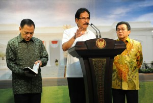 Menteri PPN/Kepala Bappenas menyampaikan keterang pers usai ikuti Rapat Terbatas mengenai perbankan syariah 5 Januari 2016