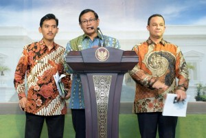 Cabinet Secretary Pramono Anung and the Head of Indonesian Child Protection Commission (KPAI) explained the results of a Limited Meeting (20/1), at the Presidential Office, Jakarta
