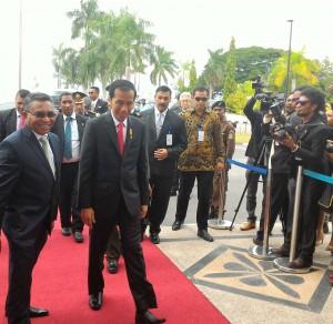 Presiden Jokowi diterima oleh Perdana Menteri RDTL Dr Rui Maria Araujo di Istana Perdana Menteri, Dili, Timor Lesete (26/1).