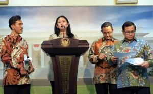 Menko Bidang PMK memebrikan keterangan pers usai Rapat Tebatas kemarin (20/1) di Kantor Presiden, Jakarta. (Foto:Humas/Jay)