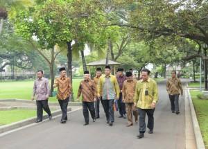 Pengurus MUI bergegas untuk bertemu Presiden Jokowi di Istana Merdeka