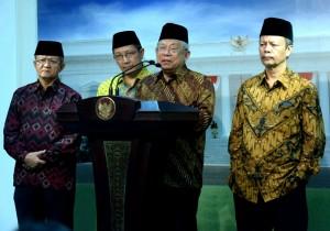 Ketua MUI menyampaikan keterangan kepada pers pasca pertemuan dengan Presiden Jokowi (5/1)