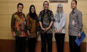 Direktur Kemitraan Komunikasi dan Asdep Humas dan Protokol Setkabusai acara serah terima Tenaga Humas Pemerintah di Kementerian Kominfo, Jakarta Jumat pagi (12/2). (Foto:Humas/Oji)
