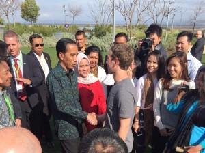 Presiden Jokowi didampingi Ibu Negara Iriana bertemu dengan Mark Zuckerberg dan WNI yang bekerja di Facebook (Foto:BPMI Setpres)