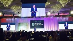 Mantan Wapres AS Al Gore saat memberikan pelatihan Pemimpin Perubahan Iklim di Manila, Filipina, beberapa waktu lalu. (Foto: UKP Perubahan Iklim)