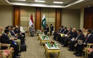 Suasana pertemuan bilateral antara pemerintah RI dan pemerintah Pakistan (7/3) di Ruang Kakatua, JCC. (Foto: Humas/Rahmat)