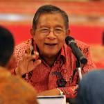 Menko Perekonomian saat menjelaskan tentang Paket Kebijakan Ekonomi XII di Istana Negara, Jakarta (28/4). (Foto: Humas/Rahmat)