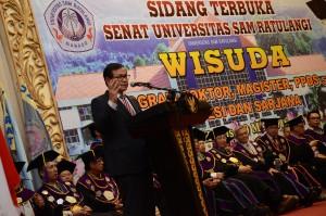 Sekretaris Kabinet Pramono Anung memberikan kuiah umu pada acara sidang senat terbuka dan wisuda di Universitas Sam Ratulangi Manado Sulawesi Utara. Acara berlangsung di Manado Convention Center, Kamis(19/5) Pagi.
