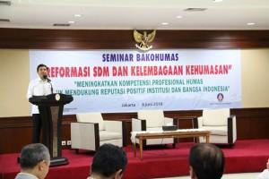 Menteri PAN dan RB memberikan sambutan dalam pembukaan acara Bakohumas di Jakarta (8/6). (Foto: Dokumentasi Bakohumas)