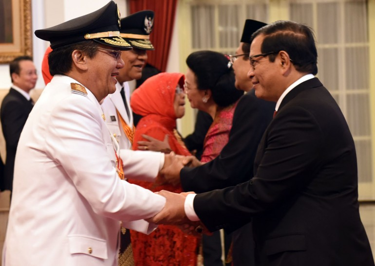 Jokowi_LantikGubdanWagubSulteng_7