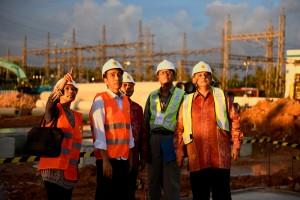 Presiden Joko Widodo (Jokowi), Kamis (2/6) sore melakukan Groundbreaking Mobile Power Plant (MPP) 100MW dan meresmikan PLTU Ketapang 20MW di Mempawah, Kalimantan Barat (Kalbar).
