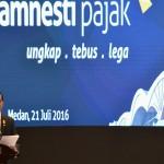 Presiden Jokowi saat sosialisasi UU Pengampunan Pajak di Medan (21/7). (Foto: Humas/Jay).