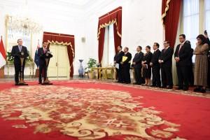 Presiden Joko Widodo (Jokowi) menerima kunjungan PM Selandia Baru John Key dan Istrinya Bronagh Key di Istana Merdeka, Jakarta Senin (18/7) sore.