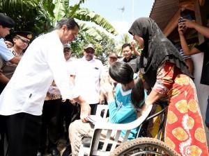Presiden Jokowi pada kunjungan ke Provinsi Banten, Senin (4/7) pagi.