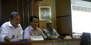 Kepala BPS Suryamin memberikan keterangan pers mengenai pertumbuhan ekonomi triwulan II tahun 2016, di kantor BPS, Jakarta, Jumat (5/8)
