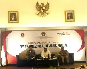 Para pembicara dalam sosialisasi Gerakan Nasional Revolusi Mental melalui Forum Bakohumas, di Kemenko PMK, Jakarta, Senin (22/8) pagi. (Foto: Edi Nurhadiyanto/Humas)
