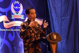 Sambutan Presiden Jokowi saat membuka Silaturahmi dan Dialog Nasional Ikatan Senior HIPMI, di Hotel Rafles, Ciputra World, Jakarta, Jumat (26/8) petang. (Foto: Humas/Agung)