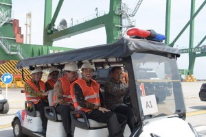 President Jokowi inspects Kalibaru Container Terminal I, Tanjung Priok, Jakarta, on Tuesday (13/9)